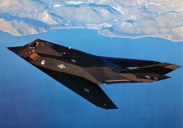 Индийские СМИ рассказали, как российский ЗРК уничтожил неуязвимый самолет-невидимку ВВС США