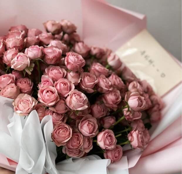 Он подарил тебе одну розу! Что это значит?