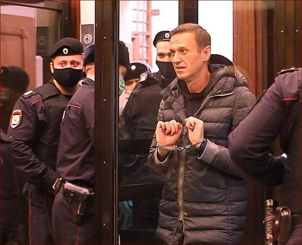 Запад потребовал освободить Навального
