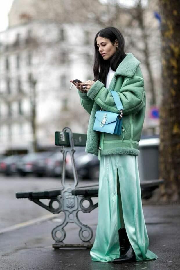 Подбираем верхнюю одежду к платью: главные правила