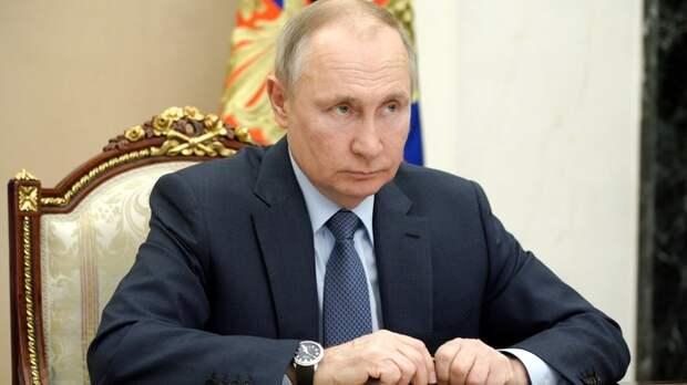 """Путин задумал избавиться от """"балласта"""": Политолог предсказал """"зачистки"""""""