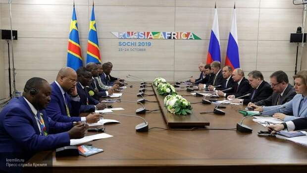«Выдавливание США с Ближнего Востока»: Ищенко назвал геополитические планы России