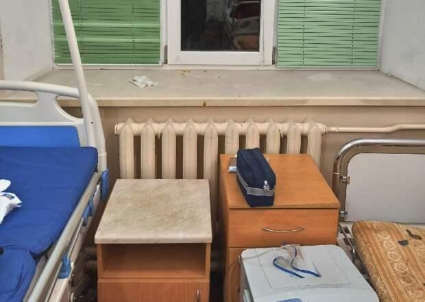 Пациентов севастопольской инфекционки лечат в грязи и с тараканами