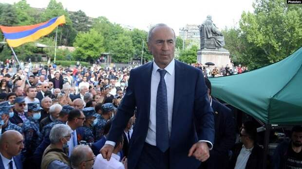 Избирательный блок экс-президента Армении указал наугрозу новой войны врегионе