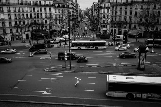 Скейтеры на улицах Парижа в серии поэтичных фотографий