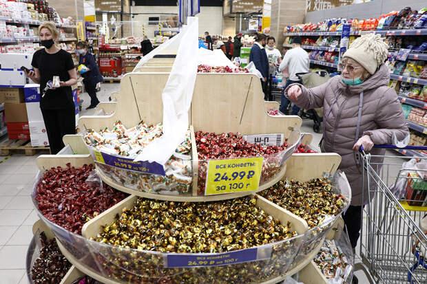 Кондитеры предупредили о значительном повышении цен на конфеты и вафли