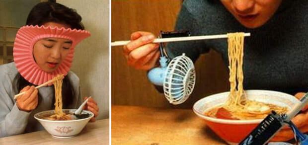 японцы едят лапшу