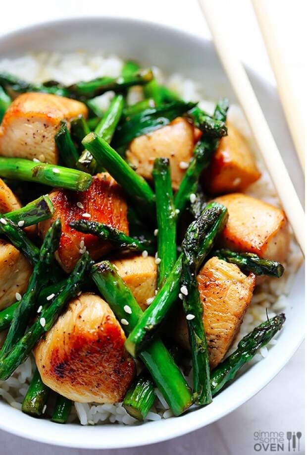 """15 блюд, которые можно приготовить за 15 минут ! Пельмени в виде """"золотых рыбок""""."""
