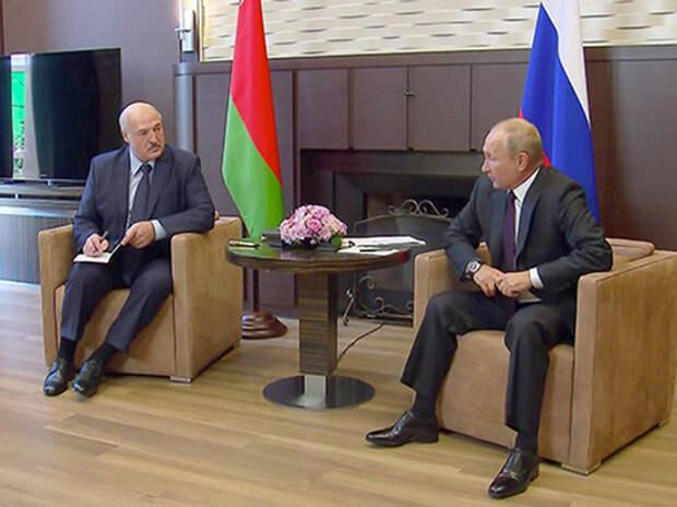 """""""Лукашенко проест кредит до конца года"""": эксперт об итогах встречи с Путиным"""