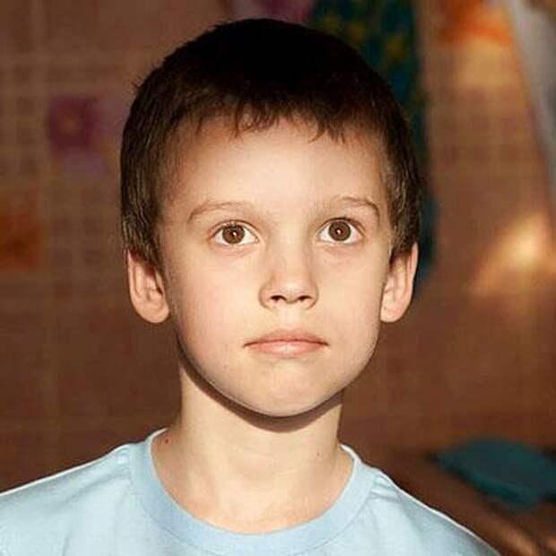 Миша Орлов, 6 лет, редкое генетическое заболевание – криопирин-ассоциированный периодический синдром, спасет лекарство, 212096₽