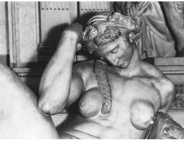 Болезнь статуи Микеланджело