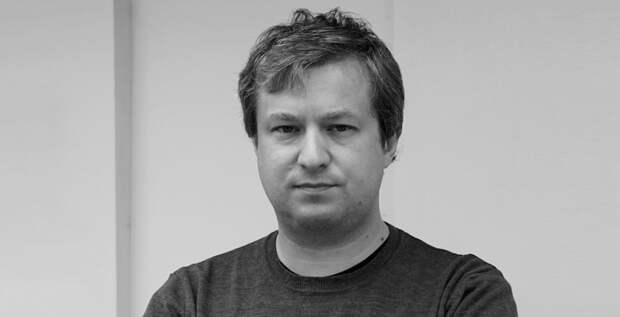 Антон Долин покидает экспертный совет Фонда кино
