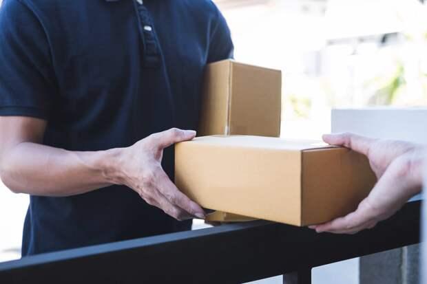 Глава Удмуртии попросил обнулить ставку НДС на услуги экспортной доставки посылок