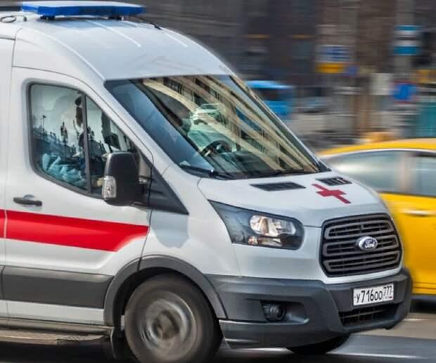 """К дому Михаила Ефремова приехали """"скорая"""" и полиция"""