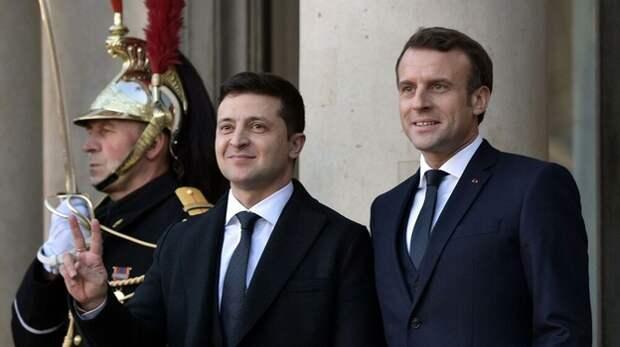 В Крыму прокомментировали визит Зеленского во Францию