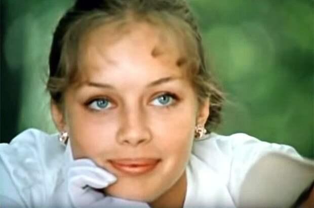 «Сбежала в Париж. Погибла…». Что случилось с актрисой из «Покровских ворот»