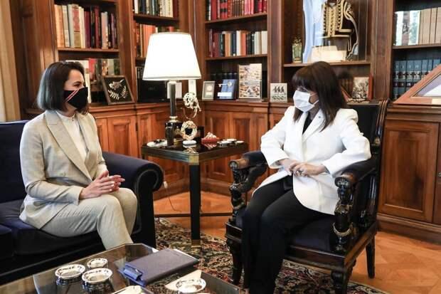Тихановская заявила, что Греция поддерживает белорусских путчистов