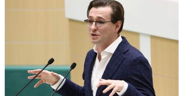 Терешкова, артисты, чиновники и блогеры получат награды за участие в кампании по поправкам в Конституцию