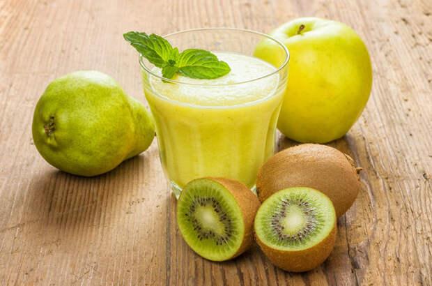 Чтобы коктейль получился вкуснее и насыщеннее, важно выбрать как можно более спелые, сочные и сладкие плоды