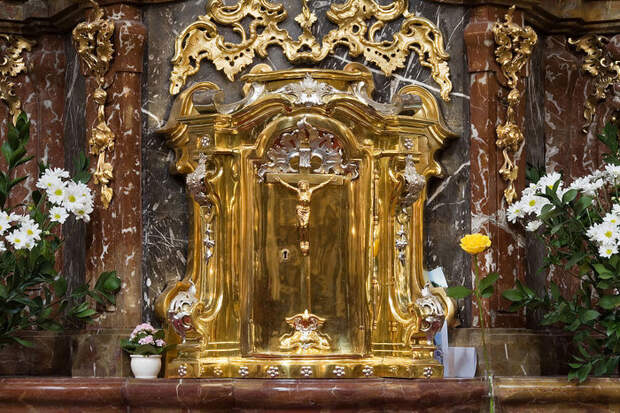 1280px-Church_of_the_Infant_Jesus_of_Prague_-_8168 (700x467, 133Kb)