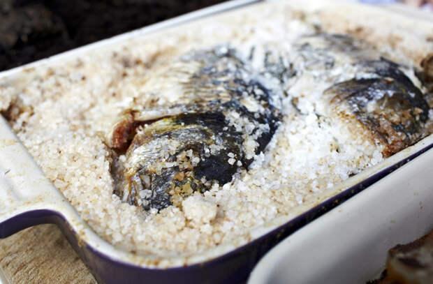 Хитрости запекания на подушке из соли