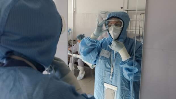 Вирусолог оценил вероятность третьей волны коронавируса в РФ