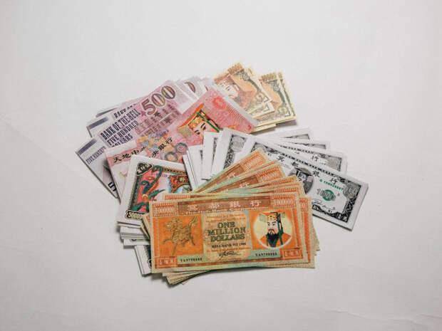 В загробной жизни китайским мертвецам «нужны» деньги.