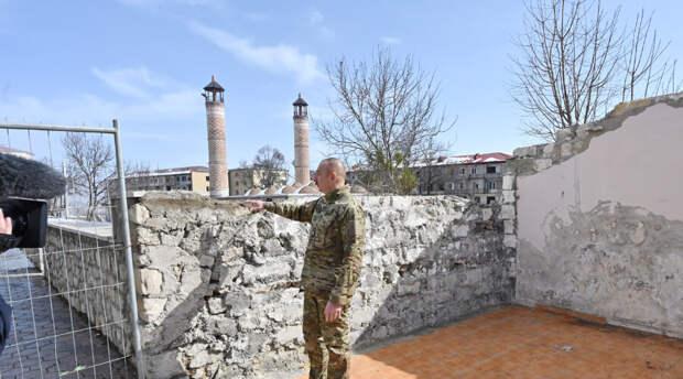 Ильхам Алиев присвоил городу в Карабахе статус культурной столицы Азербайджана