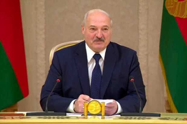 Лукашенко: Вильнюс, Варшава, Киев, Львов отказались принять борт Ryanair