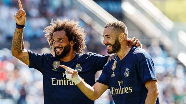 Марсело разделил с Роберто Карлосом 2-е место в истории «Реала» по числу матчей среди иностранцев