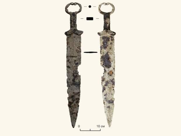 В Красноярском крае скифский меч сдали в металлолом