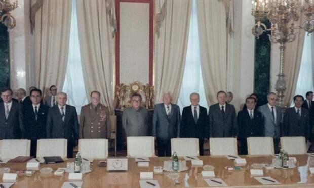Тайна смерти маршала Устинова: ЦРУ травило неугодных сильных руководителей СССР