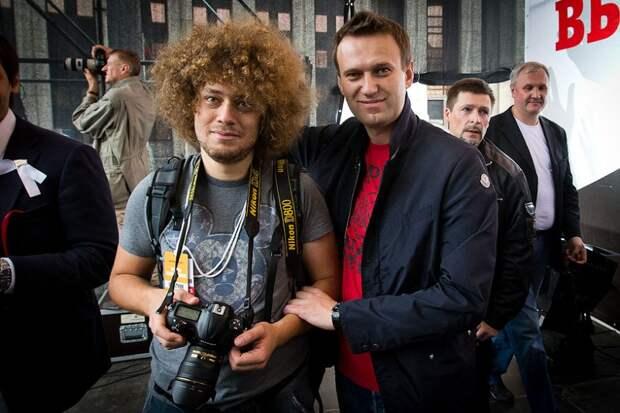 Однорукий Навальный, одноглазый Варламов и бестыжий Макрон
