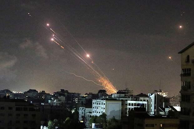 Тысячи ракет, беспорядки и линчевания: Израильско-палестинский конфликт перерастает в гражданскую войну