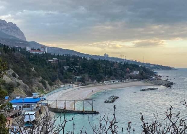 В Симеизе завершили реконструкцию пляжа «Пионер» за 230 млн рублей