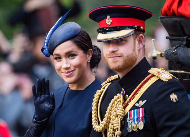 Меган Маркл и принц Гарри уход из королевской семьи