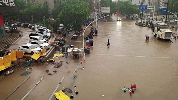 Число погибших из-за наводнений в провинции Хэнань выросло до 58 человек, пятеро пропали без вести