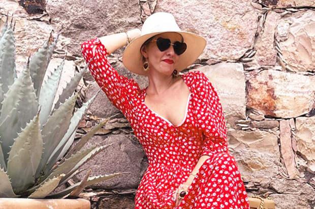 Пустые музеи и вилла Эскобара: Ксения Собчак с подругами отдыхает в Мексике