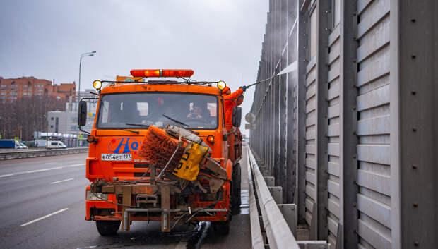 В Подмосковье «вылетные» магистрали приводят в порядок после зимы