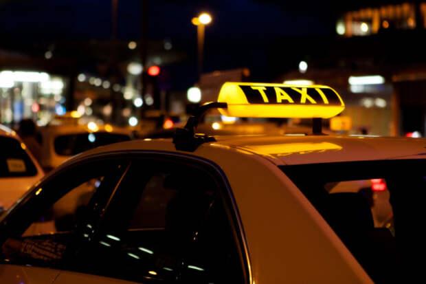 На Бутырской столкнулись два такси