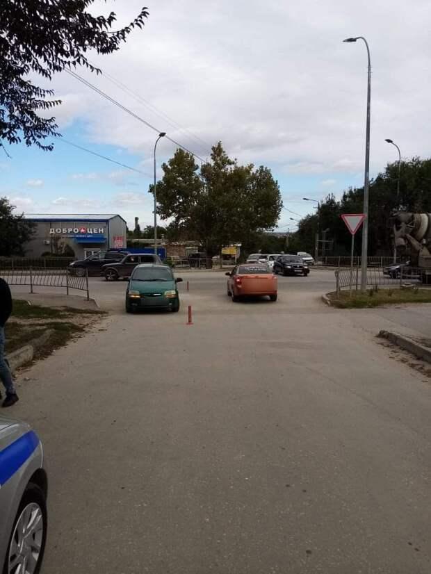 На автодороге Белогорск-Феодосия подросток на велосипеде попал в ДТП