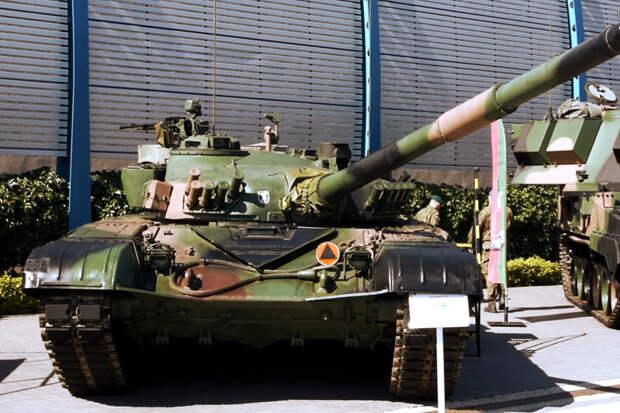 Уязвим на поле боя: за что критикуют польский T-72M1R