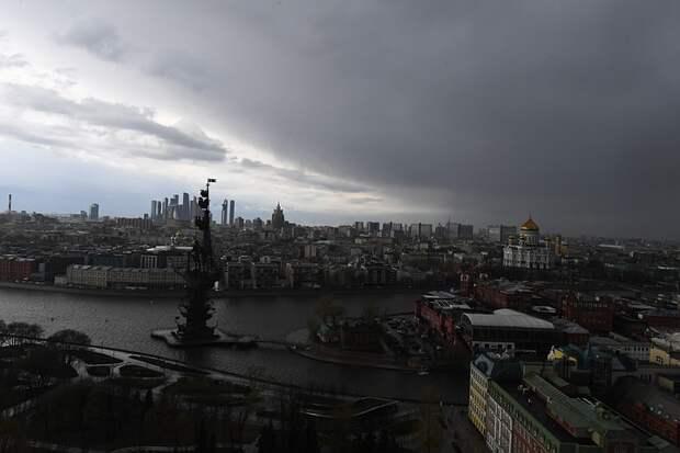 Синоптик рассказал о погоде на майских праздниках в Москве