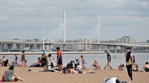 Петербуржцам назвали опасные для купания водоемы города
