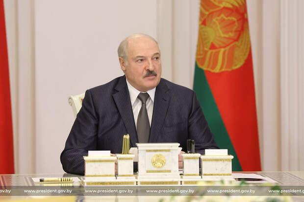 Лукашенко объявил о создании первой белорусской вакцины от COVID-19
