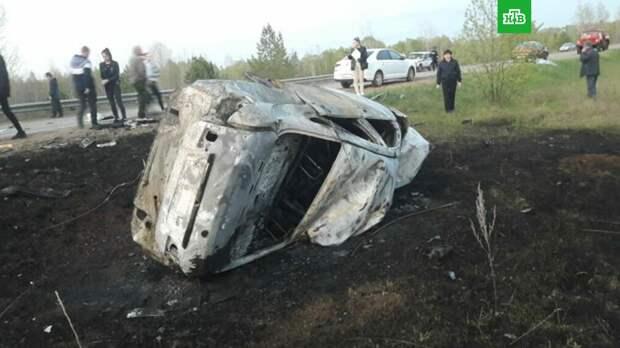 ДТП в Татарстане: погибли женщина, мужчина и двое детей