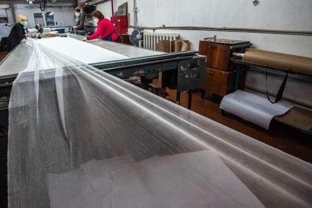Севастопольская фабрика сошьет 100 тысяч защитных масок