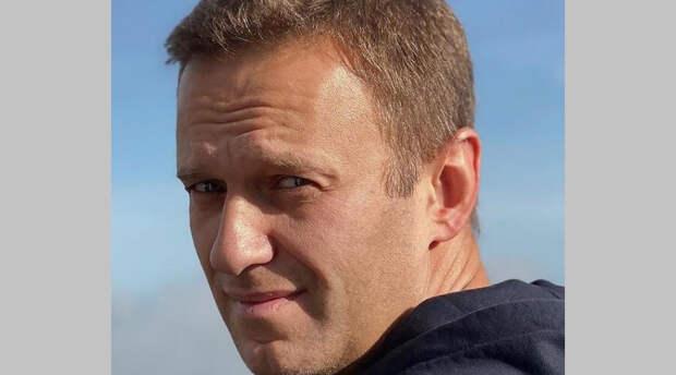 Больной Алексей Навальный объявил голодовку в колонии и потребовал исполнить закон