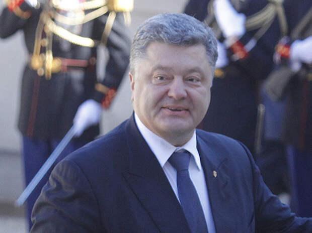 Удар в спину: Запад начал публиковать компромат на Порошенко