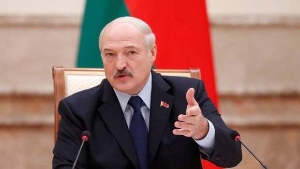 Зачем Лукашенко устроил открытый конфликт с Ватиканом?
